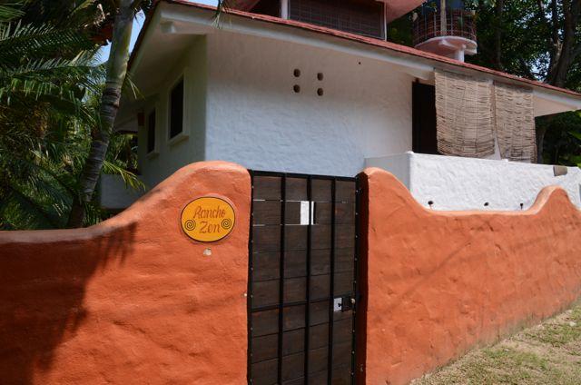 Calle de las Palmas Sayulita