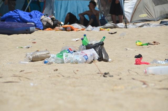 Litter, beach, Sayulita